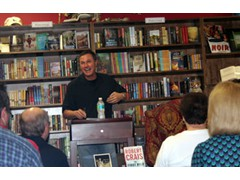 Michael Haskins Friends Robert Crais